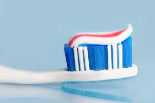 Làm sao để răng không bị vàng ố và cách khắc phục triệt để 3