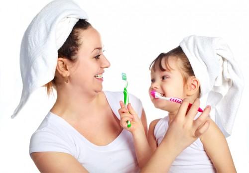 Bí quyết làm trắng răng đơn giản tại nhà 3