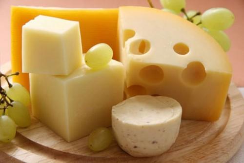 7 thực phẩm làm trắng răng HIỆU QUẢ 2