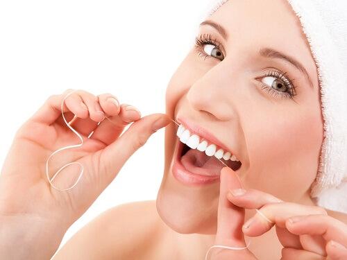 Chăm sóc răng miệng tốt để răng luôn trắng sáng