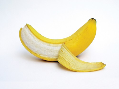 Cách làm trắng răng bị vàng ố từ nguyên liệu thiên nhiên
