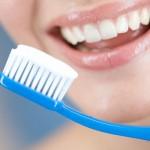 Tẩy trắng răng không nên ăn gì?