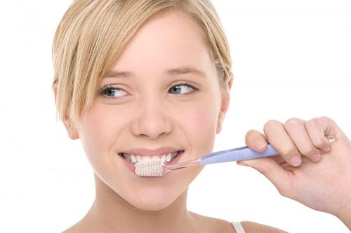 Mách bạn một số mẹo làm trắng răng nhanh chóng và hiệu quả 1
