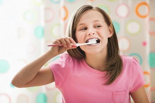 Tại sao răng bị vàng và cách khắc phục hiệu quả 2