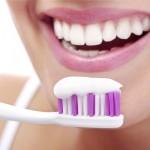 Nên chăm sóc răng sau khi tẩy trắng như thế nào?