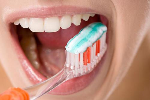 Kem đánh răng làm trắng có thực sự hiệu quả hay không 2