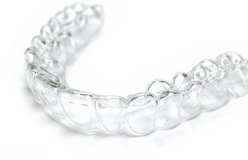 Bật mí về loại máng tẩy trắng răng dùng nhiều lần 1