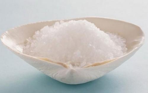 Cách chữa hôi miệng bằng nước muối VĨNH VIỄN tại nhà hiệu quả 1