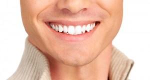 7 cách làm trắng răng tại nhà giúp răng trắng sáng tự nhiên