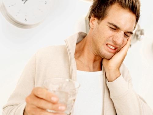 Tác hại của tẩy trắng răng là gì?