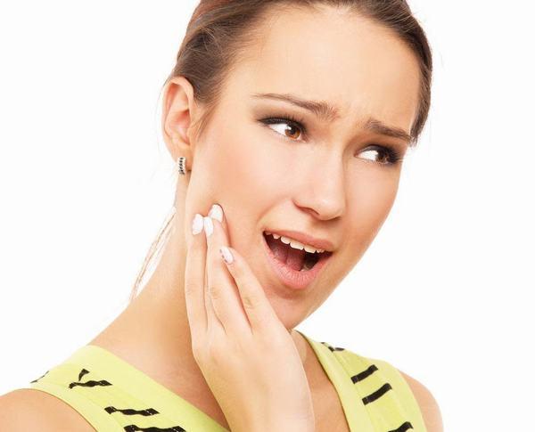 Nguyên nhân ê buốt răng sau khi tẩy trắng và cách khắc phục vĩnh viễn 1