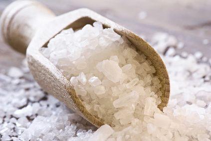 Làm trắng răng bằng muối - nguyên liệu tại nhà, chất lượng phòng nha! 2