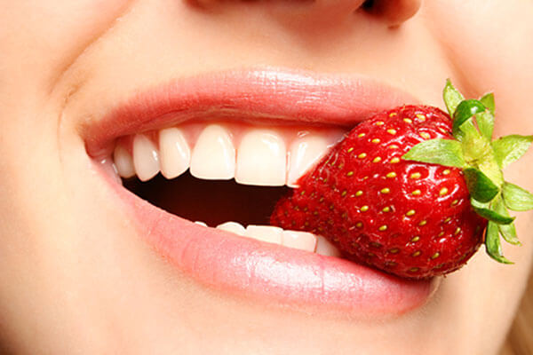 Công nghệ tẩy trắng răng White Max an toàn, răng trắng sáng khỏe mạnh