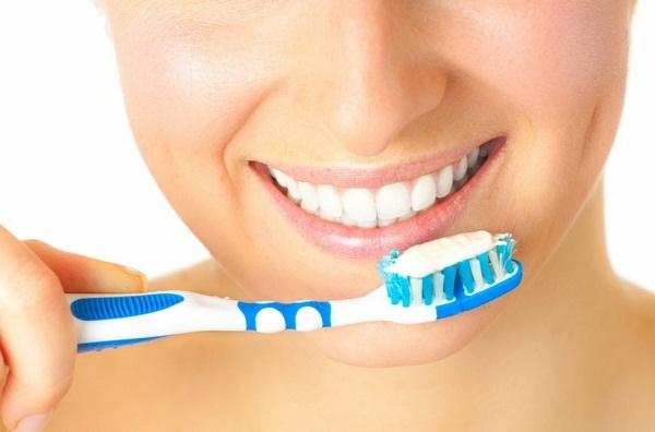 Kem tẩy trắng răng Eucryl có tốt không? 2